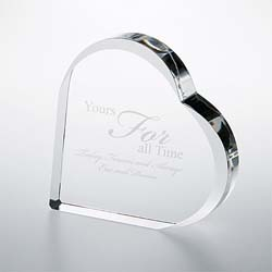 Crystal Heart Keepsake Paperweight | Personalized Gifts - UltimateCrystalAwards.com