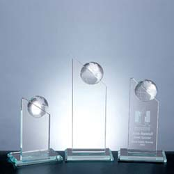 Jade Pinnacle Globe Award - UltimateCrystalAwards.com